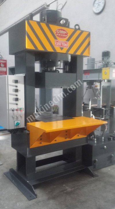 Hydraulic Press ..KAUÇUK PİŞİRME PRESİ 250 TON